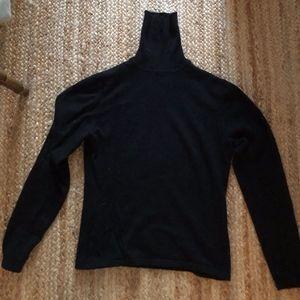 TSE Black Cashmere Turtleneck Sweater